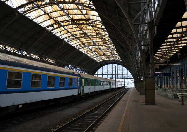 Гроза нарушила работу четырех пражских вокзалов