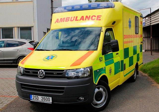 В Чехии автобус столкнулся с грузовиком: 9 пострадавших