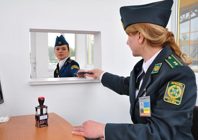 Украина запретила въезд российским мужчинам