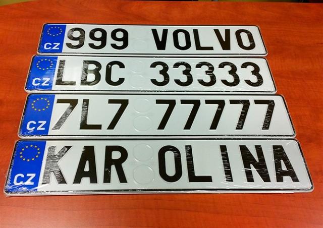 В Праге через 2,5 года закончатся автомобильные номера