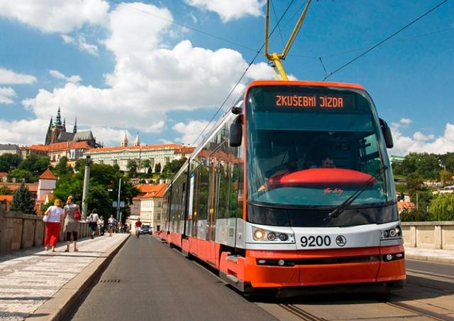 С октября в Праге подешевеет проездной для студентов и пенсионеров