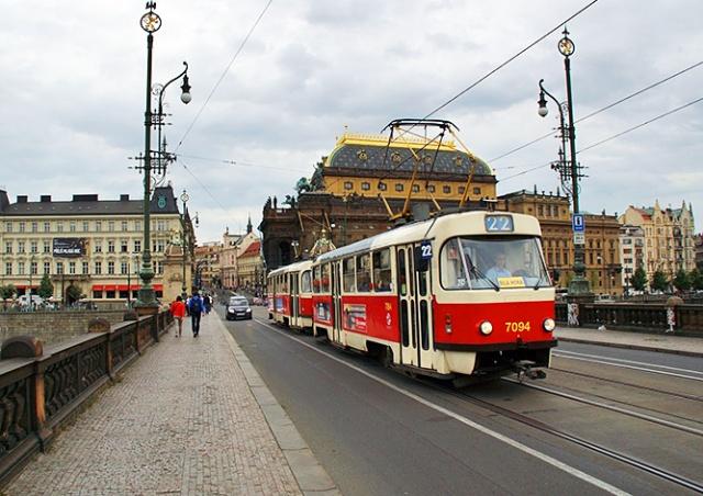 Трамваи в центре Праги встали из-за отключения электроэнергии