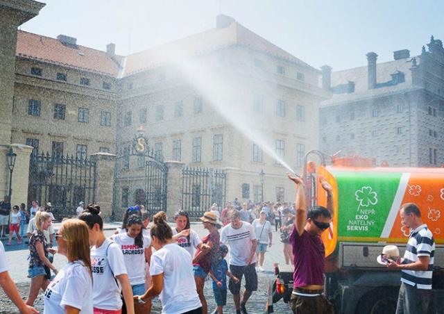 Чешские синоптики вновь объявили предупреждение о сильной жаре