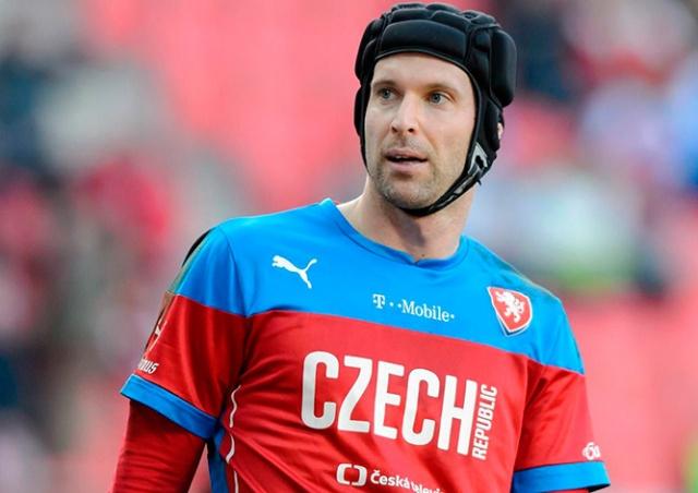 Петр Чех объявил о завершении карьеры