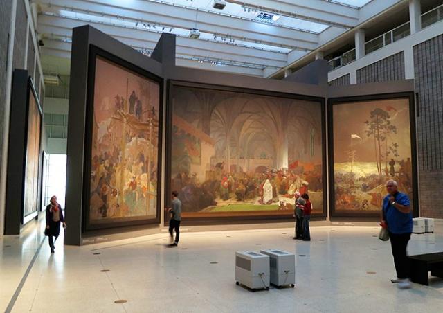 Выставка «Славянская эпопея» открывается в Праге на новом месте