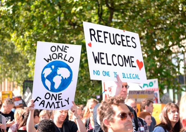 Глава Еврокомиссии обвинил Чехию в неблагодарности из-за отказа принимать беженцев