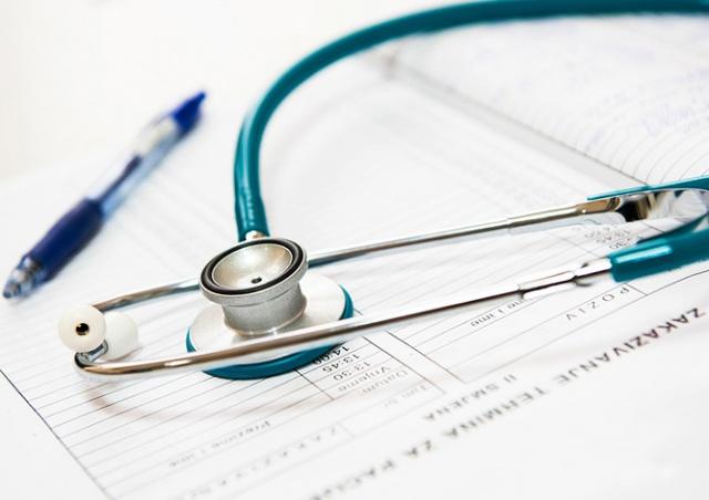 В Праге зараженный коронавирусом врач два дня принимал пациентов