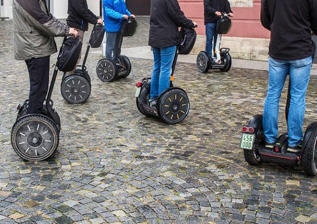 В Праге расширили запретную зону для сегвеев
