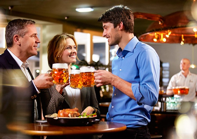 В Чехии подсчитали, сколько пива выпили туристы в 2016 году