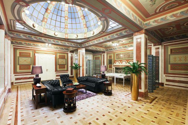В выходные для туристов откроются уникальные архитектурные объекты Праги