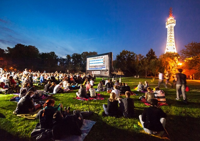 «Киноавтобус» в Праге начнет работу 19 июня