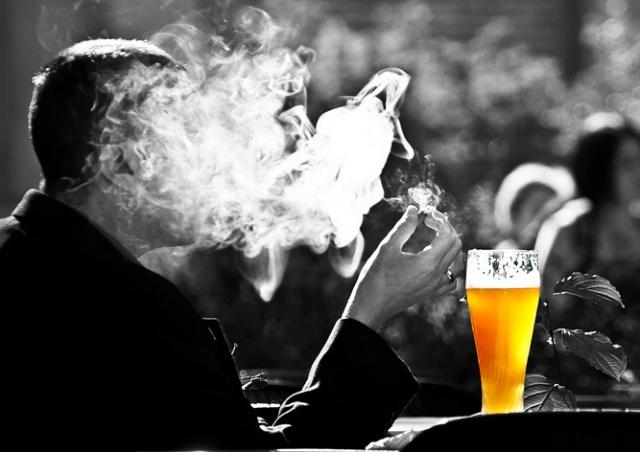 Запрет курения в Чехии: что важно знать