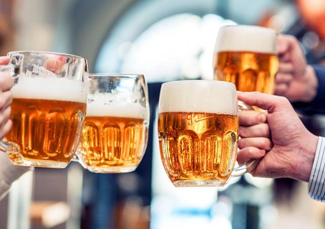 Чехия признана лучшей страной ЕС для людей с вредными привычками