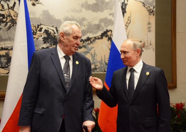 Путин поблагодарил президента Чехии за развитие отношений с Россией