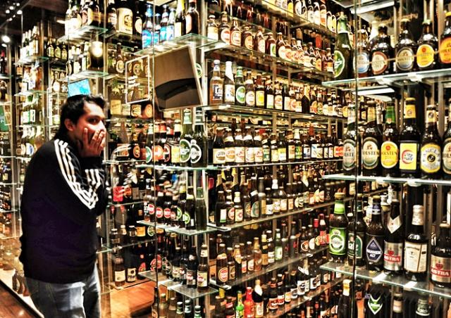 В центре Праги хотят запретить ночную продажу алкоголя