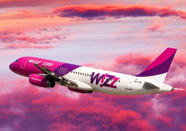 Пассажир пытался открыть дверь самолета, летевшего в Лондон