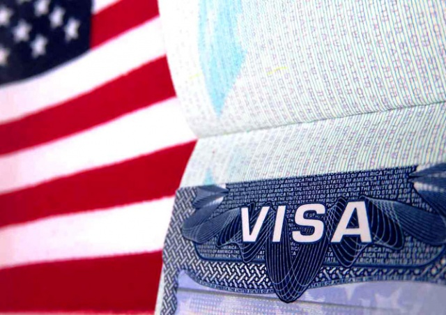 Консульства США прекратят выдачу виз россиянам