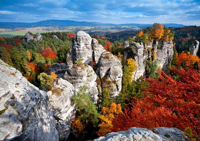 Трагедия в «Чешском рае»: две школьницы упали со скалы