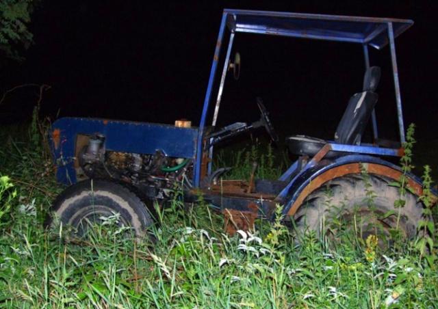 Курьезная погоня полиции за трактором в Чехии попала на видео