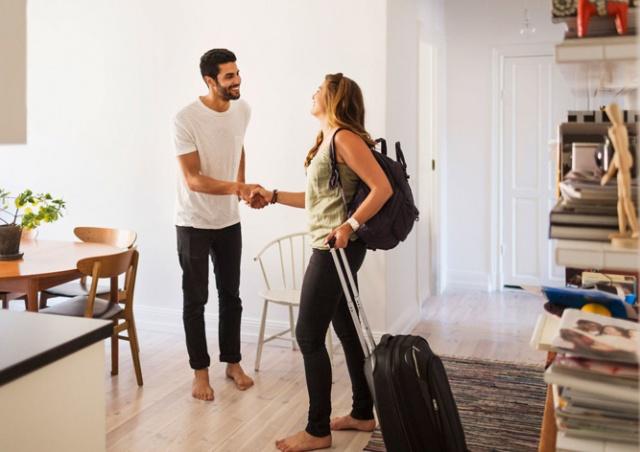 Прага усложнит жизнь арендодателям Airbnb