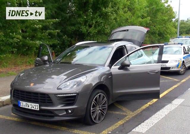 В Праге иностранец на Porsche устроил погоню с полицией