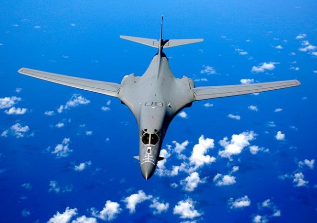 В Чехию прилетели стратегические бомбардировщики США