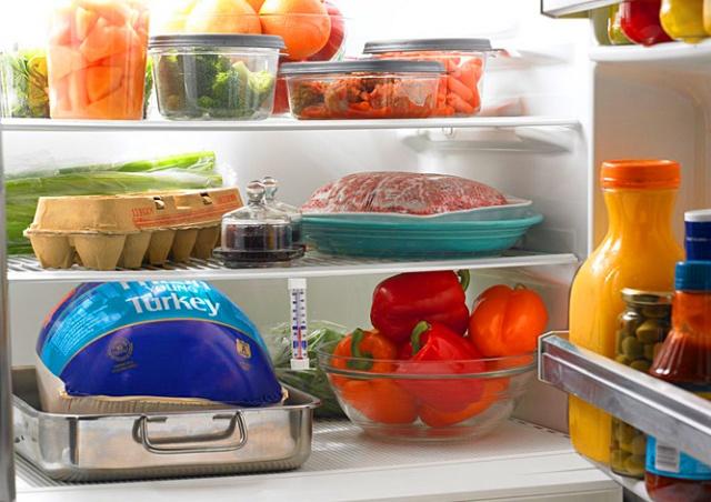 Panasonic представила холодильник, приезжающий по зову хозяина