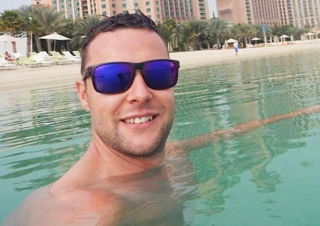 Шотландцу в Дубае грозит тюрьма за прикосновение к мужчине