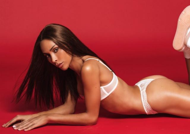 Девушкой месяца в Playboy впервые стала модель-трансгендер