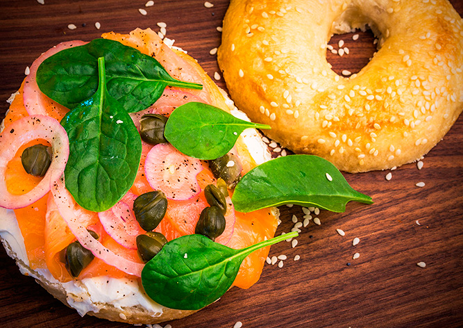 Нью-йоркские рецепты на чешский лад: идеальный завтрак в Bagel Lounge