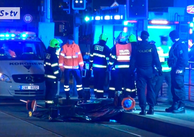 В Праге трамвай насмерть сбил человека