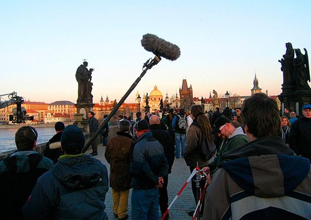 Прага для саморекламы раздаст киношникам 15 млн крон