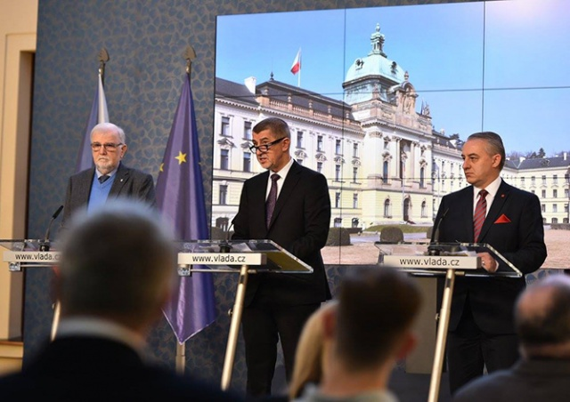 Правительство Чехии подало в отставку