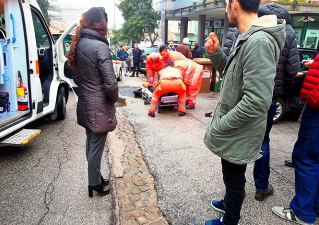 Водитель открыл стрельбу по прохожим в Италии