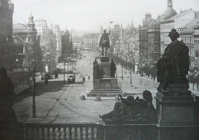 Памятнику Святому Вацлаву в центре Праги вернут исторический облик