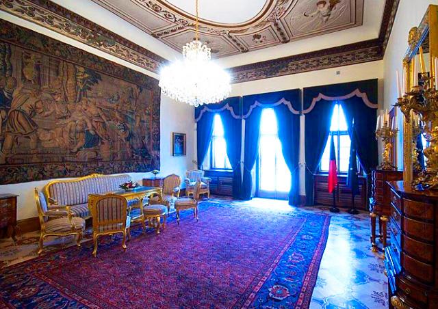 В Праге 8 мая для туристов откроют Грзанский дворец