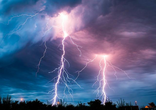 Предупреждение о сильных грозах объявлено в Чехии на 12 мая