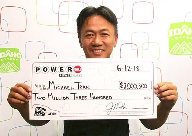 Американец 18 лет вписывал в лотерею одни и те же числа и сорвал куш