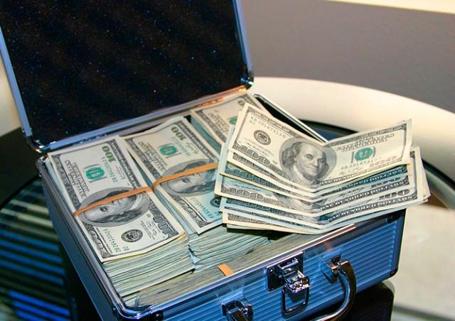 В Чехии пересчитали долларовых миллионеров