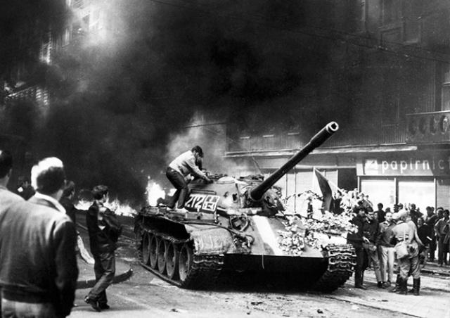 Парламент Чехии признал вторжением и оккупацией события 1968 года
