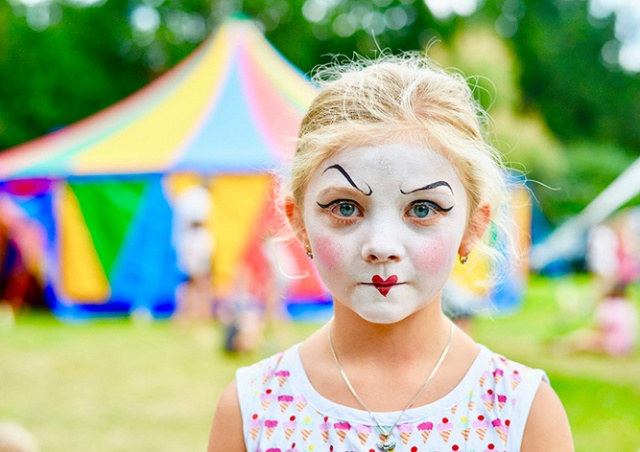 В Праге стартует фестиваль нового цирка Letní Letná