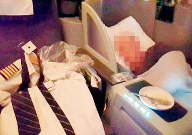 Заснувший в полете пилот шокировал пассажиров