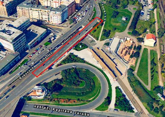 В Праге из-за аварийного состояния внезапно закрыли мост