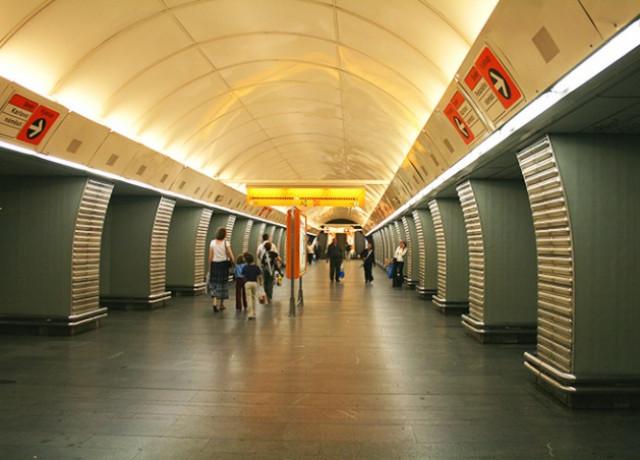 Вход на станцию метро Karlovo náměstí закрыли на 10 месяцев