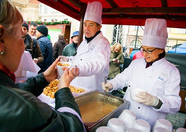 Рождественским супом в центре Праги будут угощать два дня подряд