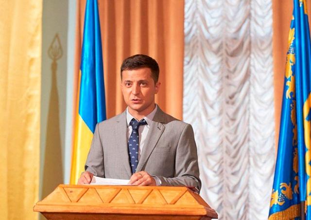 Экзитполы: Зеленский и Порошенко вышли во второй тур выборов президента Украины