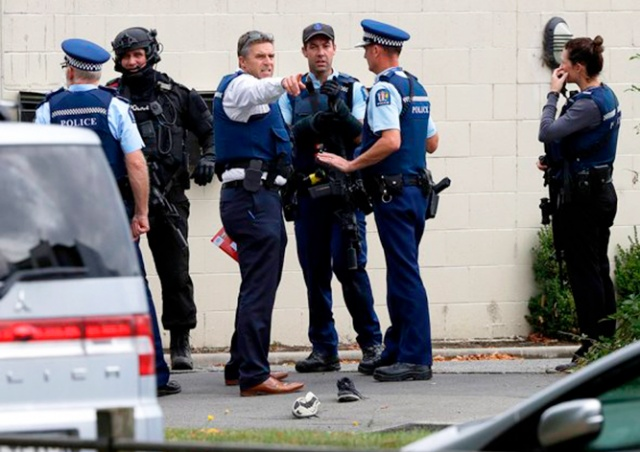 Террористы устроили стрельбу в новозеландских мечетях: 49 погибших