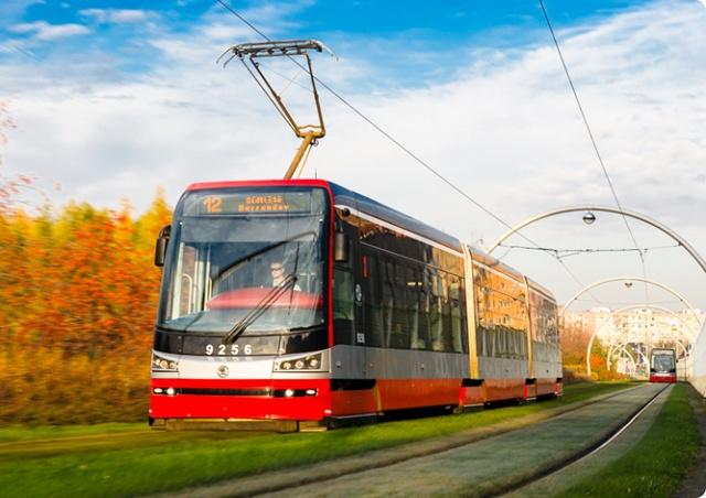 В Праге все трамваи Škoda 15T оснастят кондиционерами