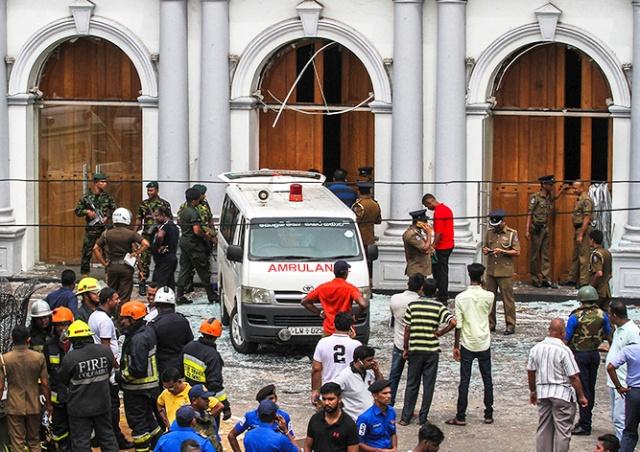«Исламское государство» взяло ответственность за взрывы на Шри-Ланке