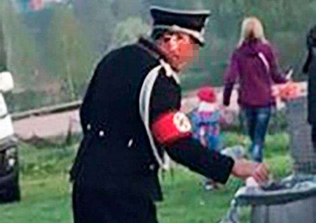 Житель Чехии пришел на детский фестиваль в нацистской форме
